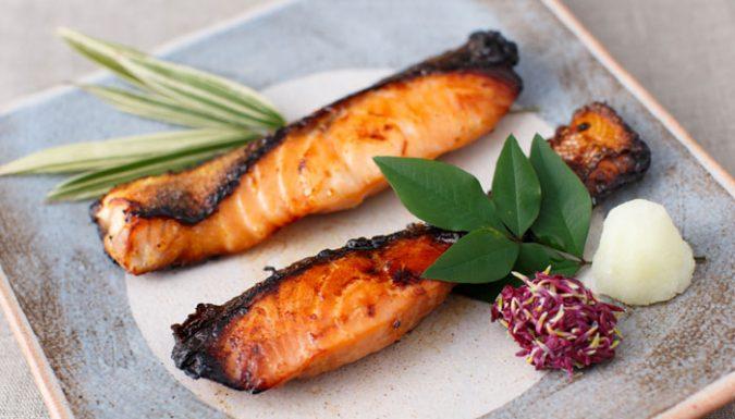 鮭の塩糀漬け・醤油麹漬け