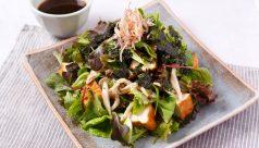 厚揚げとしめじの韓国風サラダ