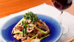 豚肉と白瓜、竹輪の生姜醤油炒め【おすすめ:赤ワイン】