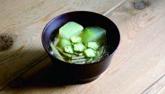 【味噌の日】冬瓜とじゅんさいの味噌汁