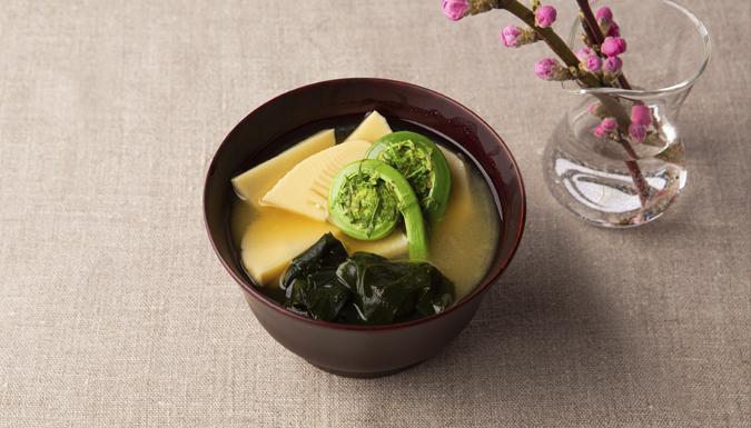 筍とこごみの味噌汁 2