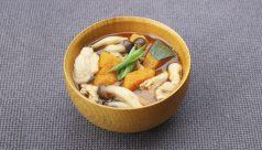 【味噌の日】カボチャとシメジの豚汁