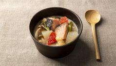 【味噌の日】鮭の胡麻粕汁