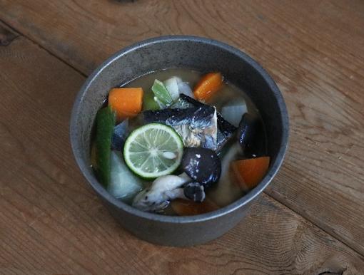 焼き秋刀魚の味噌汁